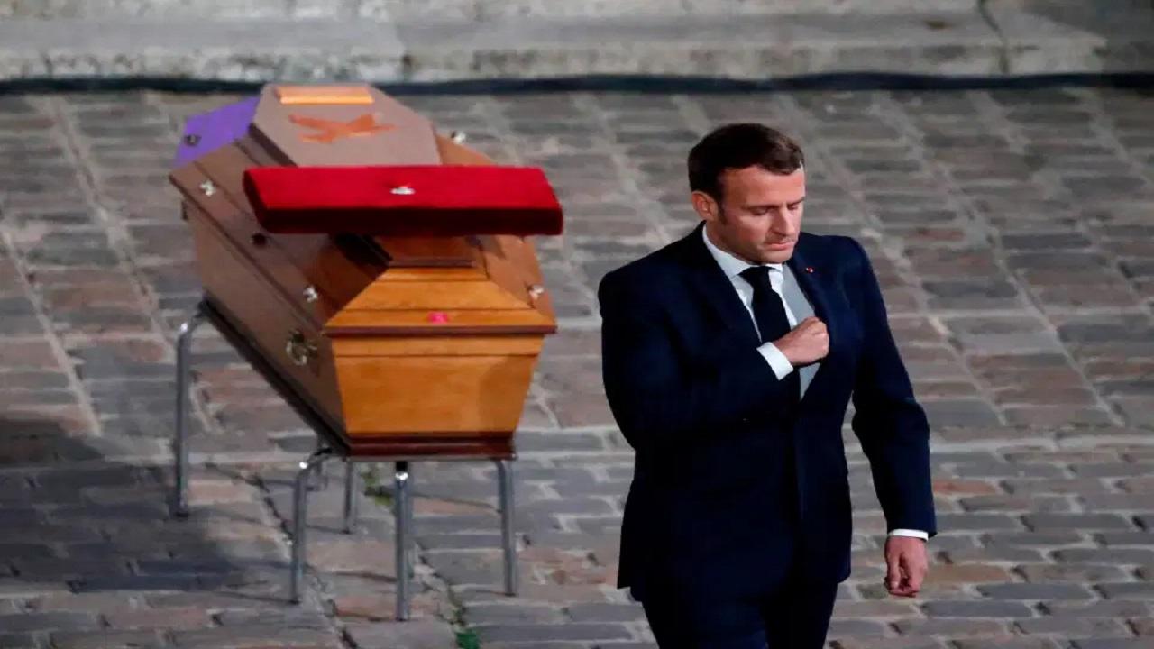 Man Utd yıldızı Paul Pogba, Cumhurbaşkanı Macron'un 'İslamcı terörizm' hakkındaki yorumları üzerine 'Fransa için oynamayı bıraktı'