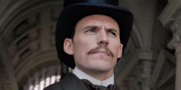 Mycroft Holmes Clafin 1