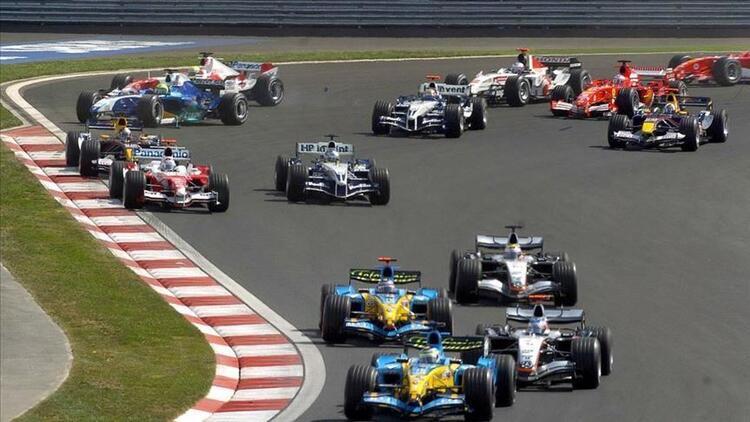 Formula 1 Bahreyn sıralama sonuçları: Max Verstappen, Hamilton ve Bottas'tan iki Mercedes'in önünde Bahreyn GP'de pole pozisyonunu aldı