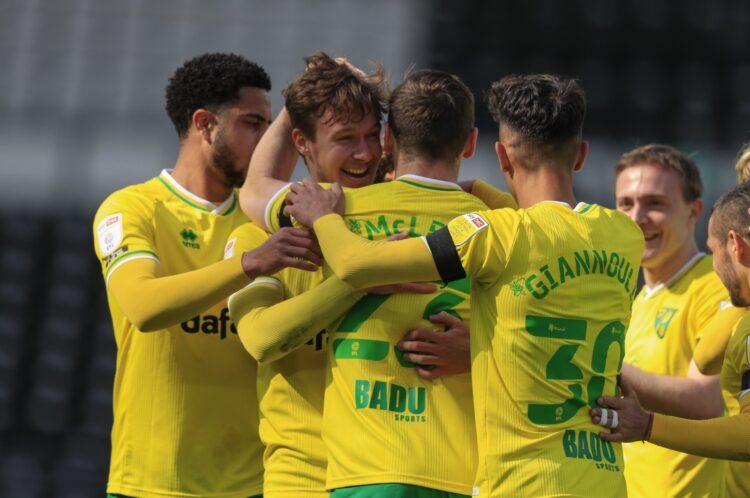 Norwich City, Premier Lig'e tekrar yükselmeyi garantiliyor