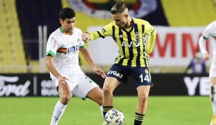 Maç sonucu: Alanyaspor (0-0) Fenerbahçe maçının berabere kalması Beşiktaş'ı şampiyonluğa taşıyor