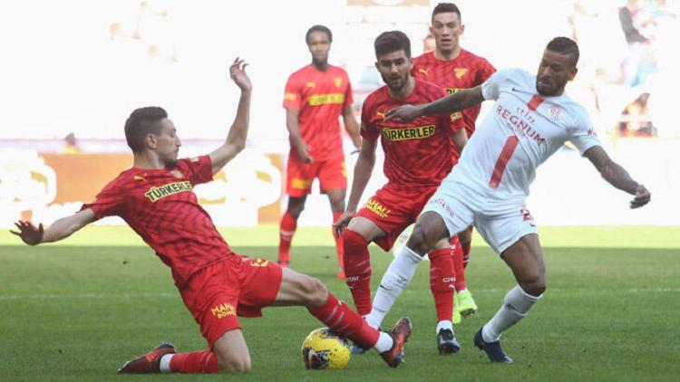 Maç Sonucu: Antalyaspor (2-3) Göztepe maç özeti ve golleri İzle bein Sport Antalya Göztepe özet izle